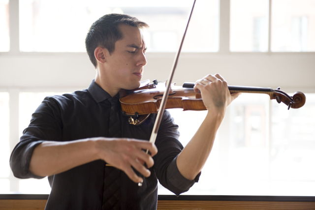 Knoxville Symphony Orchestra Concertmaster Gabriel Lefkowitz