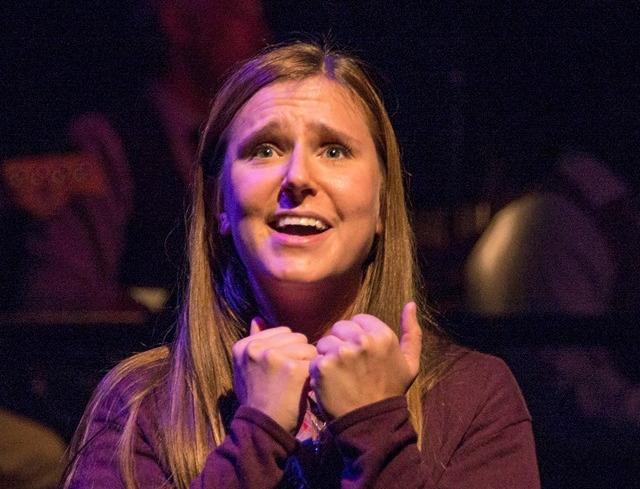 Charlotte Munson as Violet